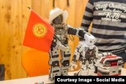 """Бишкек шаарында """"Robot Competition"""" - """"Робот таймашы"""" сынагы болуп өттү. 23.4.2016."""