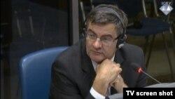 Mile Poparić u sudnici 3. studenog 2015