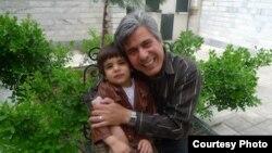 بهنام ایرانی در کنار فرزندش