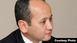 Мұхтар Әблязов, қазақстандық бұрынғы банкир, оппозициялық саясаткер.