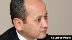 Мұхтар Әблязов, қуғындағы бизнесмен.