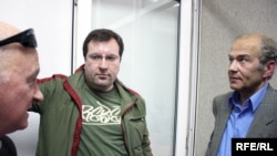 Oazu Nantoi, Vlad Lupan, Valentin Krîlov în studioul Europei Libere