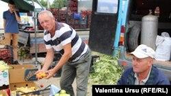 La piața din Ungheni