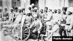عکسی از توپخانه ژاندارمری تازه تاسیس ایران در ابتدای قرن بیستم