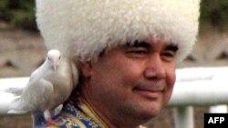 Түркіменстан президентіГурбангұлы Бердімұхамедов.