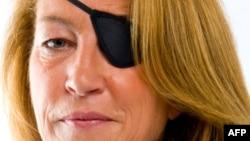 Погибшая в Сирии журналистка Мэри Колвин