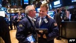 На Нью-Ёрскай фондавай біржы.