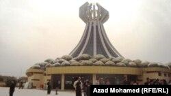 نصب ضحايا قصف حلبجه(من الارشيف)
