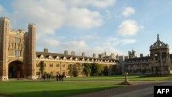 Кембридж колледждерінің бірі. 29 қазан 2009 жыл.