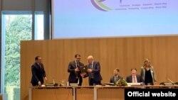 Министр юстиции Узбекистана Русланбек Давлетов на заседании Гаагской конференции по международному частному праву. 4 марта 2020 года.