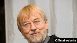 """Создатель фонда """"За достойный образ жизни"""" Якоб фон Уикскуль"""