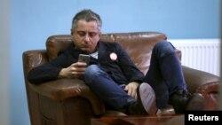 Гендиректор «Рустави 2» Ника Гварамия считает, что публикация его переговоров с Саакашвили еще раз доказывает то, что власти занимаются тотальным прослушиванием