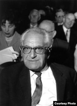 Fritz Bauer în 1963