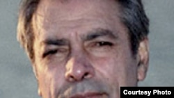 داریوش همایون، مؤسس حزب مشروطه ایران و تحلیلگر سیاسی