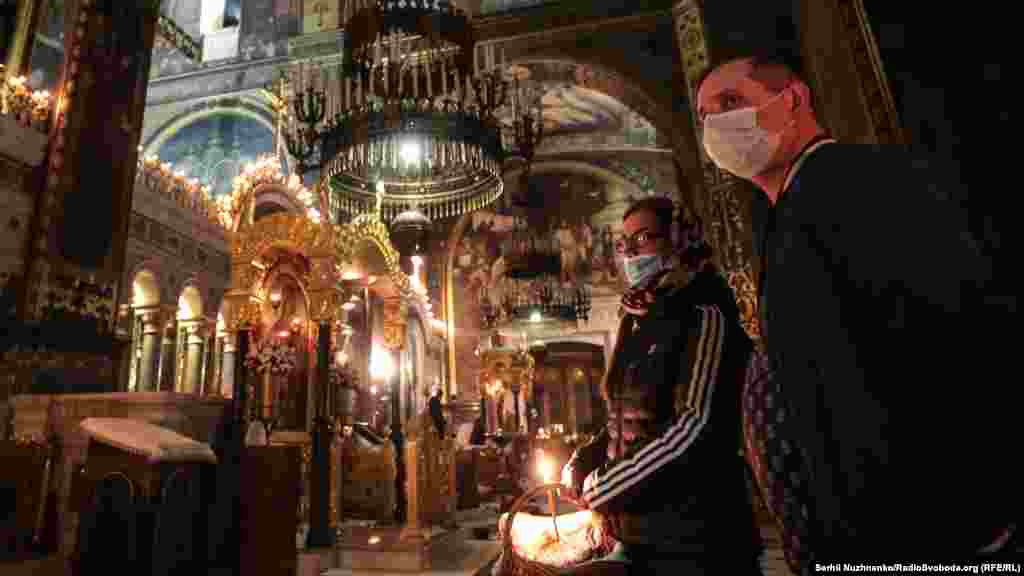 St. Vladimir's Cathedral in Kyiv holds Orthodox Easter celebrations on April 18.