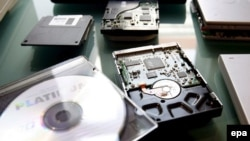 Prestupnici sadržaje dječje pornografije spašavaju na diskete, CD-ove ili hard diskove