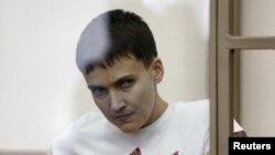 Надія Савченко під час засідання суду. Березень 2016 року
