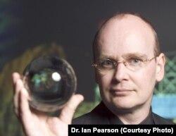 Футуролог Ян Пирсон.
