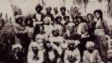 اعضای اصلی گروه کومله ژ.ک - عبدالرحمن ذبیحی، نفر دوم از سمت چپ در عقبترین صف این گروه است.