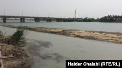 نهر الفرات في منطقة شمال بابل في يوم 7 نيسان 2014