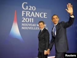 France's Nicolas Sarkozy (left) and his U.S. counterpart Barack Obama are maintaining pressure on Iran.