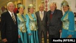 Татар оешмасы вәкилләре