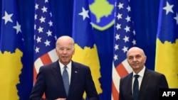 Foto nga takimi i Joe Biden me kryeministrin Isa Mustafa