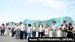 Акция журналистов перед зданием МВД. 11 июля 2011