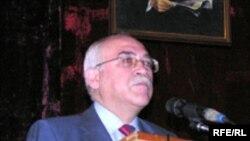 İsa Qəmbər Müsavat Partiyasının VII qurultayında, 29 may 2006