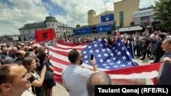 Pristina aniversează 20 de ani de la intervenția trupelor NATO.