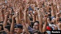 Сторонники Нарендры Моди во время проведения избирательной кампании.