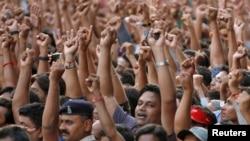 Модидің жақтастары. Гуржарат, 16 мамыр 2014 жыл.