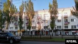 Иллюстративное фото. Улица в Донецке, 2016 год