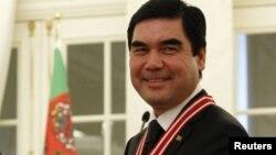 Гурбангулы Бердымухамедов, президент Туркменистана. Анкара, 29 февраля 2012 года.