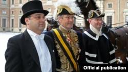Посол Армении в Швеции Артак Апитонян вручает верительные грамоты королю Швеции Карлу ХVI Густаву, Стокгольм, 22 января 2014 г․