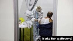 Serbia a început vaccinarea cu vaccinul chinezesc produs de Sinopharma, 19 ianuarie 2021.
