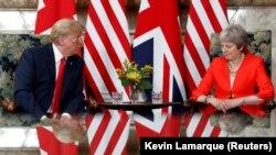 Întîlnire la Checquers între președintele american Donald Trump și premierul britanic Theresa May, 13 iulie 2018