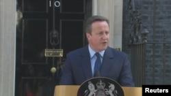 Великобритания. Дэвид Кэмерон объявляет о намерении уйти в отставку – по итогам референдума. 24.06.2016. Лондон