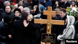 На пахаваньні Барыса Нямцова ў Маскве 3 сакавіка 2015 году.