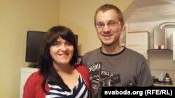 Наста і Зьміцер Дашкевіч сустрэліся дома