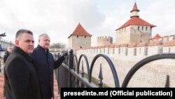 Președintele moldovean Igor Dodon și liderul de la Tiraspol Vadim Krasnoselski. Cetatea Tighina/ Bender, 25 decembrie 2018