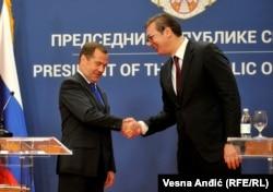 Прем'єр-міністр Росії Дмитро Медведєв і президент Сербії Александр Вучич, Белград, 19 жовтня 2019 року