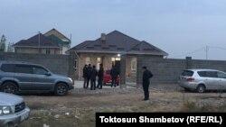Дом, где произошло убийство брата Аиды Саляновой - Улана, 6 ноября 2017 г.