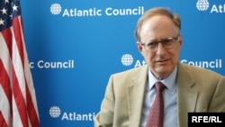 Эксперт Atlantic Council Александр Вершбоу
