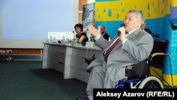 Председатель общества инвалидов Алматы Али Аманбаев. Алматы, 5 мая 2014 года.