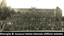 Ofițeri români prizonieri la Krefeld, Germania, 1918