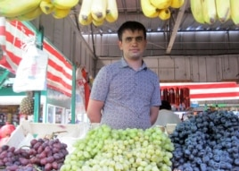 Тәжікстаннан келген мигрант Фаруз Нозимов. Алматы, 25 қыркүйек 2013 жыл.