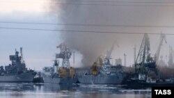 Incendiu în portul Severodvinsk (foto arhivă)