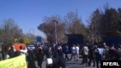 تجمع اعتراضی دانشجویان دانشگاه شیراز به پنجمین روز رسید.