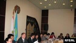 Тұрмыстық зорлық-зомбылық проблемасына арналған жиын. Алматы, 26 ақпан 2009 ж.